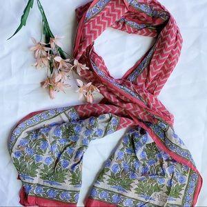 Vtg MFA Boston Floral Silk Scarf